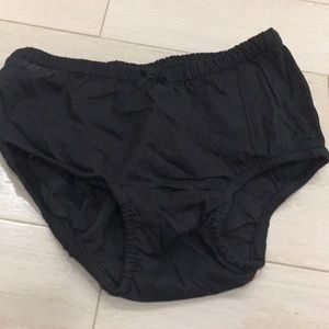 5/$25🍭NWOT Baby Gap Thin Bloomers 2T